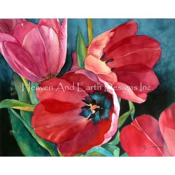 画像1: クロスステッチ図案3 Red Tulips-HAED(Heaven and Earth Designs) (1)