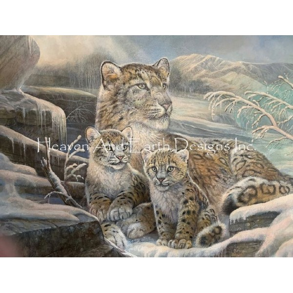 画像1: クロスステッチ図案Snow Leopards-HAED(Heaven and Earth Designs) (1)