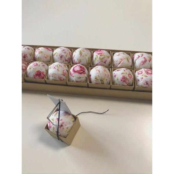 画像1: ピンクッションニードルオーガナイザーC花柄20個入り (1)